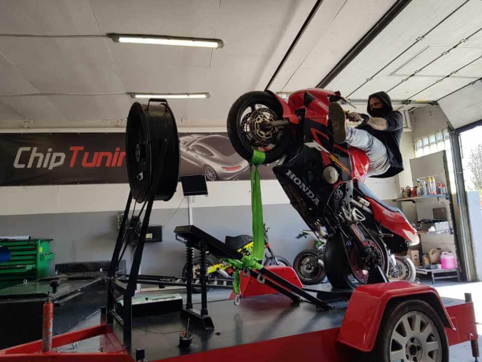 Symulator Wheelie